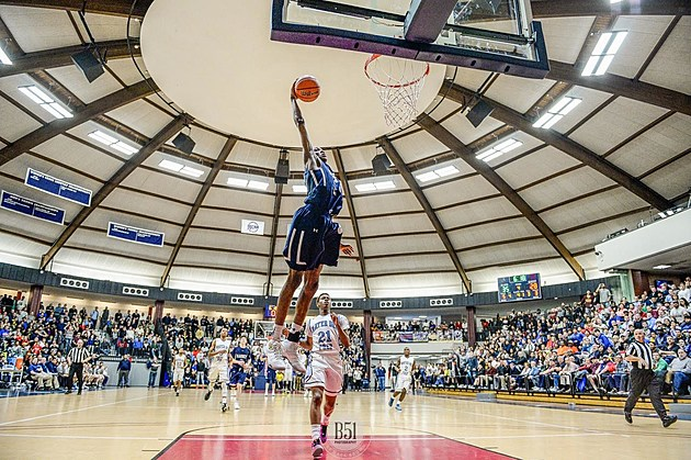 Ranney sophomore Scottie Lewis is one of several notable Shore Conference dunkers (Photo by Mark Brown/B51 Photography)