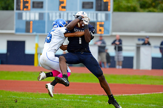 Marvin Pierre and Mater Dei Prep took a big step toward the program's first division title. (Photo by Walter J. O'Neill Jr./The Links News)
