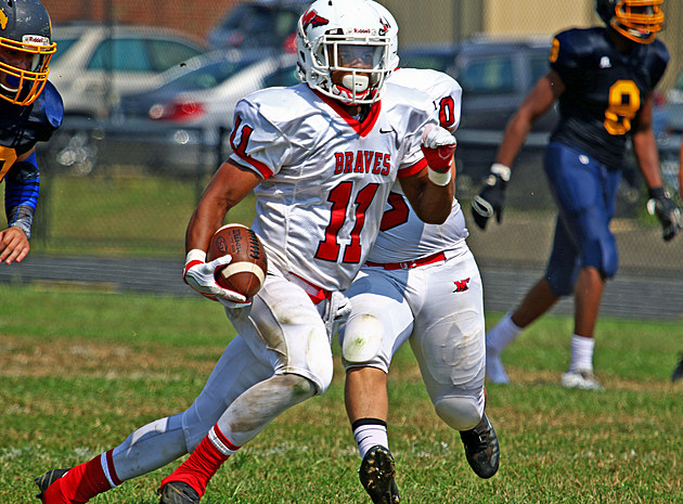 Manalapan running back Naim Mayfield will try to cap the program's first 12-0 season vs. Piscataway in the Central Jersey Group V final. (Photo by Ray Richardson).