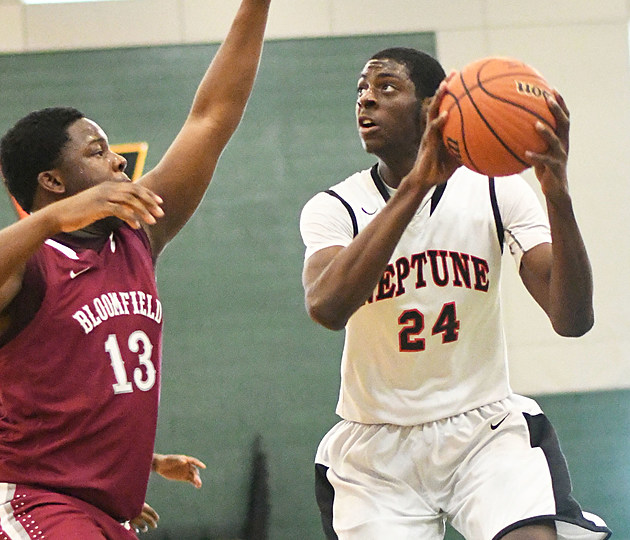 Junior Jared Kimbrough had 13 points and 18 rebounds vs. Bloomfield on Monday. (Photo by Larry Murphy)