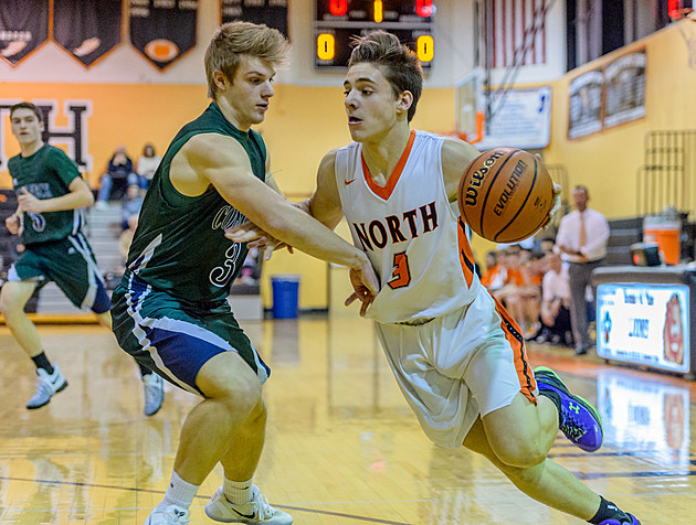 Two days after being involved in a frightening car crash, Middletown North point guard Rob Higgins scored a game-high 25 points in a Shore Conference Tournament victory. (Photo by Robert Samuels)