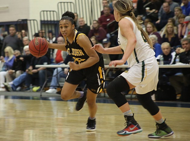 St. John Vianney sophomore Sajada Bonner. (Photo by Steve Meyer)